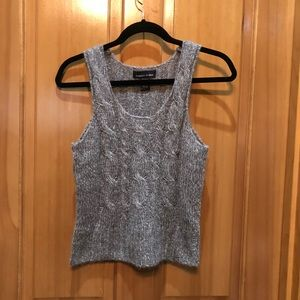 Sweaters - Business or casual like sleeveless V-neck sweater